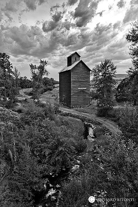 Granary Mill, Boyd, Oregon, black and white, , photo